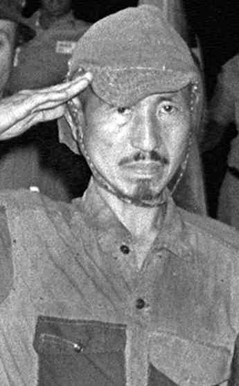 hiroo-onoda-surrenders